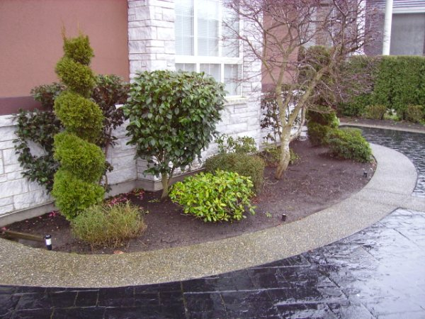 Garden Design and Installation by :ubberts Landscaping in Richmond Bc